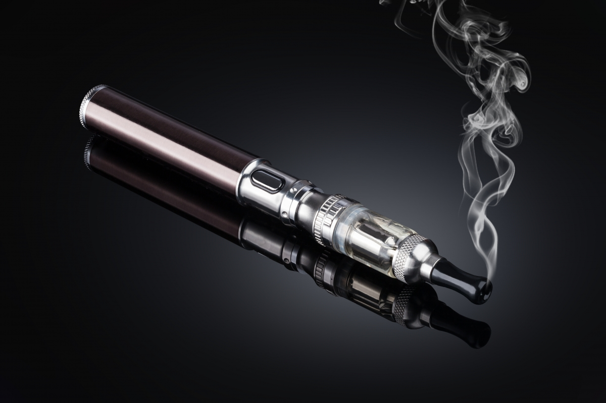 New research has found that e-cigarettes slow plastic surgery recovery in the same manner as traditional cigarettes and should be quit at least 4 weeks before your procedure
